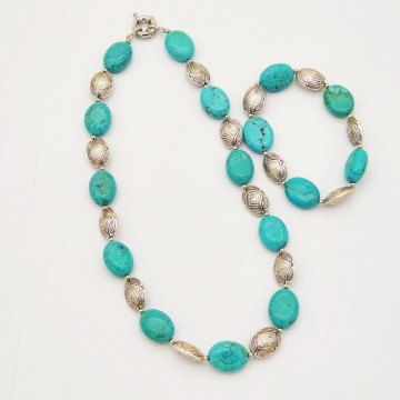 Collier turquoise (Turquoise recomposée)